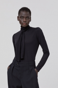 Closed Tencel™ & Cotton Longsleeve with Bow-Tie black